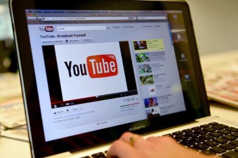 然而, 俄罗斯多个地区关闭YouTube网站的举动,使得目前的紧张局势陷入白热化。来源:塔斯社