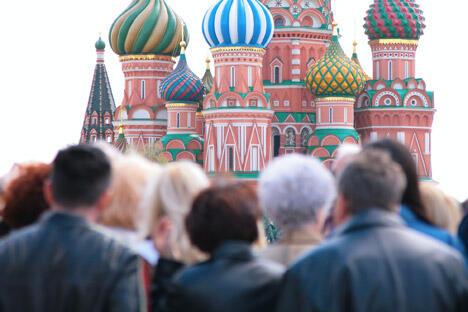 俄罗斯是一个相当保守的国家,对不规范的行为方式的偏执要比西方国家高的多,比伊斯兰国家低很多。从这个意义上来看,俄罗斯处于欧和亚之间。图片来源:俄新社