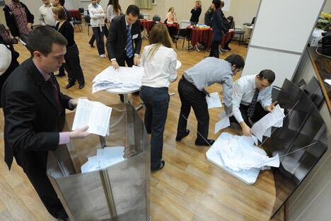 2012年10月14日为俄罗斯统一投票日,全国各地举行州长、市长和地区立法机构选举活动。图片来源:俄新社