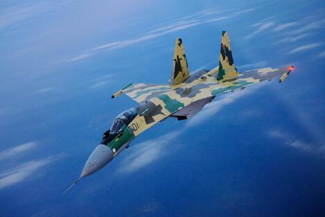 苏-35多功能战机。图片来源:PressPhoto