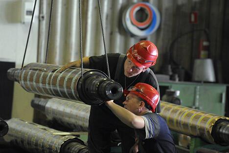 """""""En+""""集团邀请中国铝业公司和韩国乐天公司参加克拉斯诺亚尔斯克冶金厂改造项目。图片来源:生意人报"""