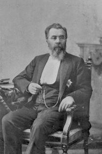 尼古拉•斯克利福索夫斯基。