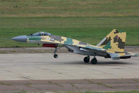 俄中或已签署采购24架战斗机及合建4艘潜艇协议。图片来源:sukhoi.org
