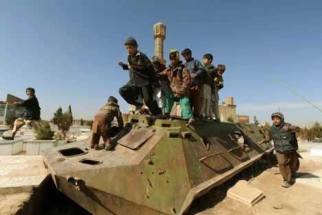 联军2014年撤出阿富汗 俄与北约探讨在阿建立武器维修基地。图片来源: AFP / East News