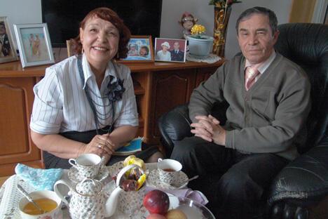 """俄罗斯退休者在这里既可以享受便宜的康复医疗还能品尝到异国""""大餐""""。图片来源:生意人报"""