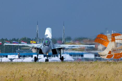 俄罗斯宣布将在邻国白俄罗斯建立一个空军基地,这或许是对美国在欧洲建立反导系统的回应。图片来源:Sukhoi.org