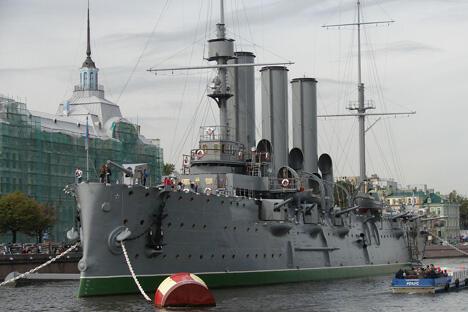 """""""阿芙乐尔""""号巡洋舰目前样子。摄影:Vargher"""