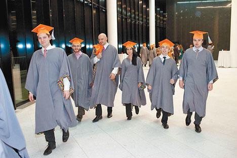目前俄罗斯教育部为社会提出一整套措施,以此来打击虚假的学术工作。图片来源:Press Photo