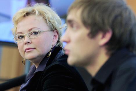 奥克萨纳·科萨琴科与维塔利·彼得罗夫。图片来源:俄通社-塔斯社。