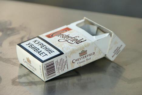 根据全俄社会舆论调查中心的调查结果,超过四分之三的俄罗斯人支持在公共场所全面禁止播放香烟广告并禁止吸烟。图片来源:Flickr/ fatseth
