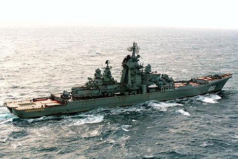 """""""纳希莫夫海军上将""""号重新服役是为了达到对美政治平衡、保护北极水域及俄""""偏远""""领土。图片来源:塔斯社"""