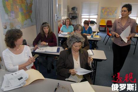 近年来俄语越来越引起人们的兴趣,来俄罗斯实习的外国留学生来自世界各地。图片来源:AP