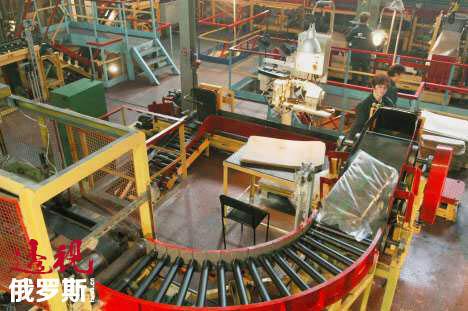 克市橡胶长现已成为中俄合资企业,这是西布尔和中石化众多合作项目之一。图片来源:俄通社-塔斯社。