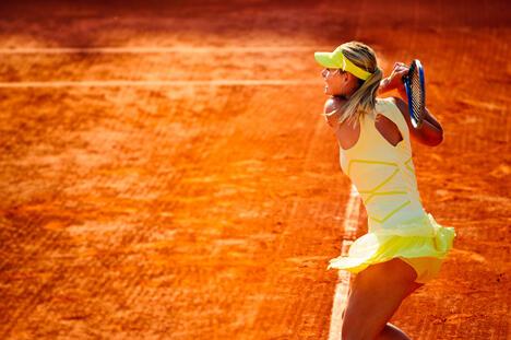 同年莎拉波娃轻取小威廉姆斯,赢得了她首个也是唯一的温网冠军。随后库兹涅佐娃又拿下美网公开赛冠军,至此俄罗斯在网球大满贯赛程上取得了三连胜。图片来源:Flickr / johanlb