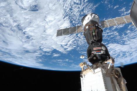 由两名俄罗斯宇航员和一名美国宇航员组成的第37期考察组将于9月26日被送入太空。图片来源:俄罗斯联邦航天局/ Press photo