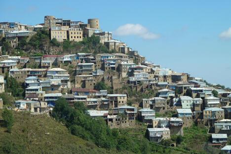 俄罗斯传统手工艺品鉴赏之旅至库巴奇村 。图片来源:Wikipedia/ Fred Schaerli