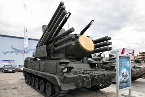 """空降部队对""""铠甲""""也感兴趣。不过,和陆军同行一样,他们也坚持改装成履带式底盘。图片来源:vitalykuzmin.net"""