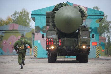 """""""压死"""" (Yars) 移动式RS-24 洲際彈道飛彈。图片来源:塔斯社"""