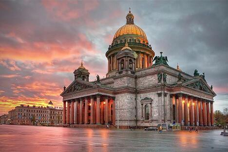 圣彼得堡圣伊萨克教堂。图片来源:Wikipedia/Ivan Smelov