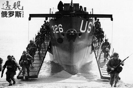 1944年6月7日,在奥马哈海滩登陆的美国士兵。 图片来源:UllsteinBild/Vostock_photo
