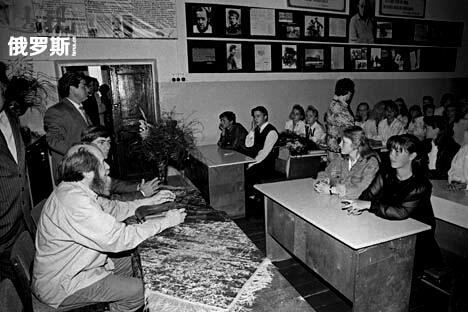 苏联作家索尔仁尼琴曾是一名乡村学校的数学教师。图片来源:Photoshot/Vostochphoto
