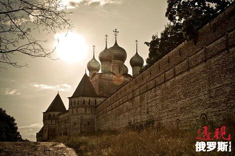 罗斯托夫的鲍里斯格列布修道院。图片来源:long-way.ru