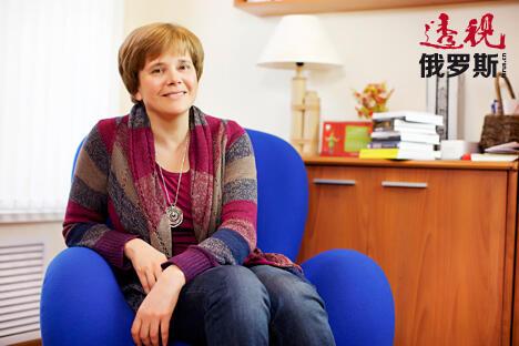 伊琳娜·普罗霍罗娃接受《透视俄罗斯》专访。图片来源:Fotolmedia