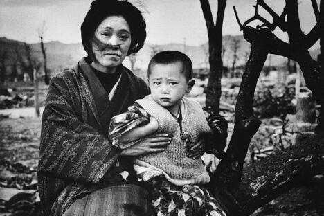1945年12月。日本,广岛。图片来源:Getty Images