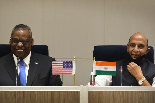 Indian Defense Minister Rajnath Singh and U.S. Defense Secretary Lloyd Austin