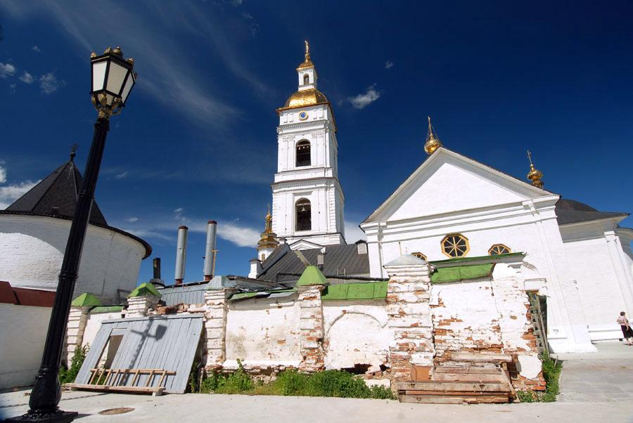 托博尔斯克市的教堂。摄影:Andrei Shapran