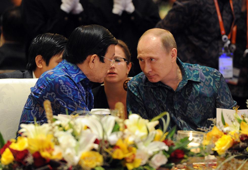 2013年10月7日。俄罗斯总统普京与印尼总统苏家苏西洛·班邦·尤多约诺。图片来源:Michael Klimentyev / 俄新社