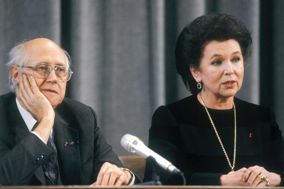 姆斯季斯拉夫·拉斯特罗波维奇与加琳娜·维什尼奥夫斯卡娅。图片来源:Vladimir Vyatkin/俄新社