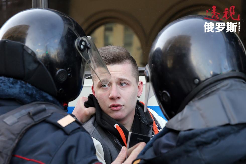 图片来源:Anton Novoderezhkin/塔斯社