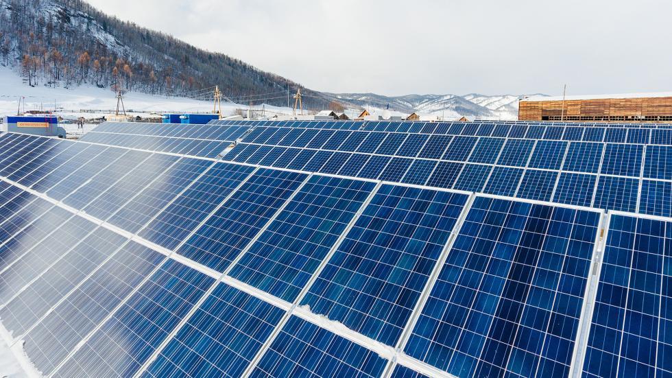 位于后贝加尔边疆区门扎村的太阳能发电设备。图片来源:Press photo
