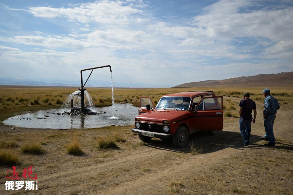 阿尔泰地区自驾游。图片来源:Aleksandr Kryazhev/俄新社