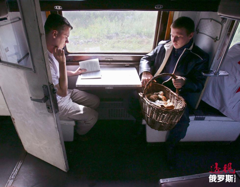 俄罗斯列车的硬卧。图片来源:Vladimir Smirnov/塔斯社