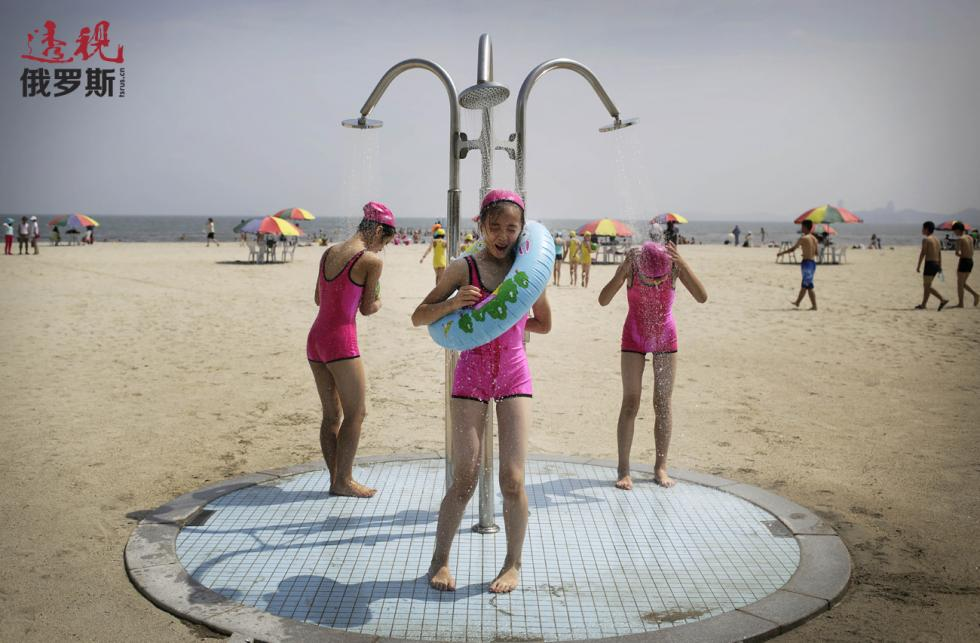 朝鲜松涛园国际儿童夏令营。 图片来源:AP