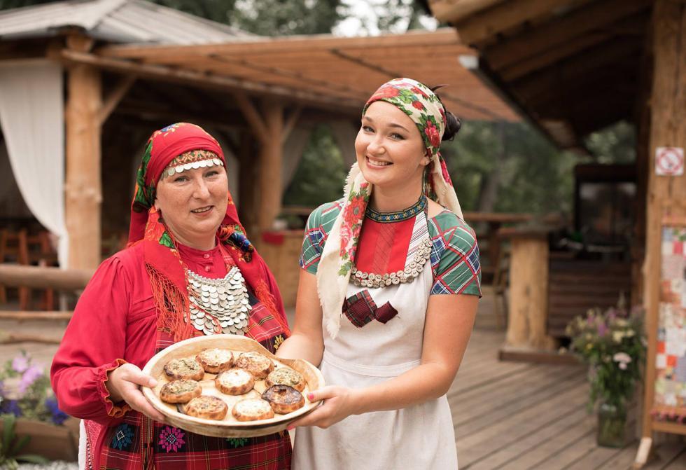 """图片来源:""""海狸谷""""的民族大厦(Bobrovaya Dolina ethnic center)"""