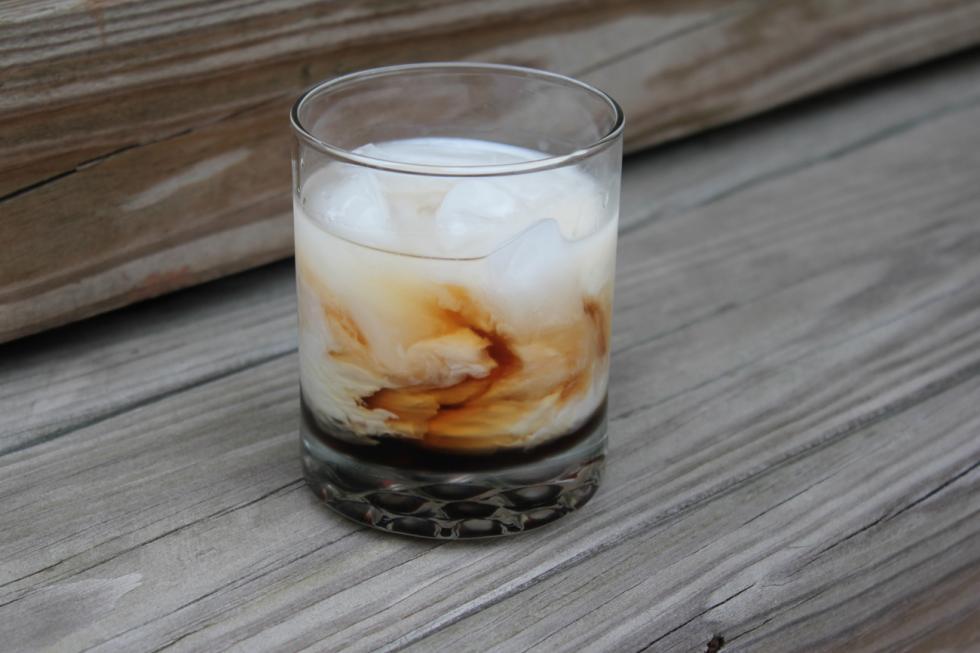 """""""白俄罗斯""""鸡尾酒。图片来源:Mark Neustadt / Flickr / BY-ND"""