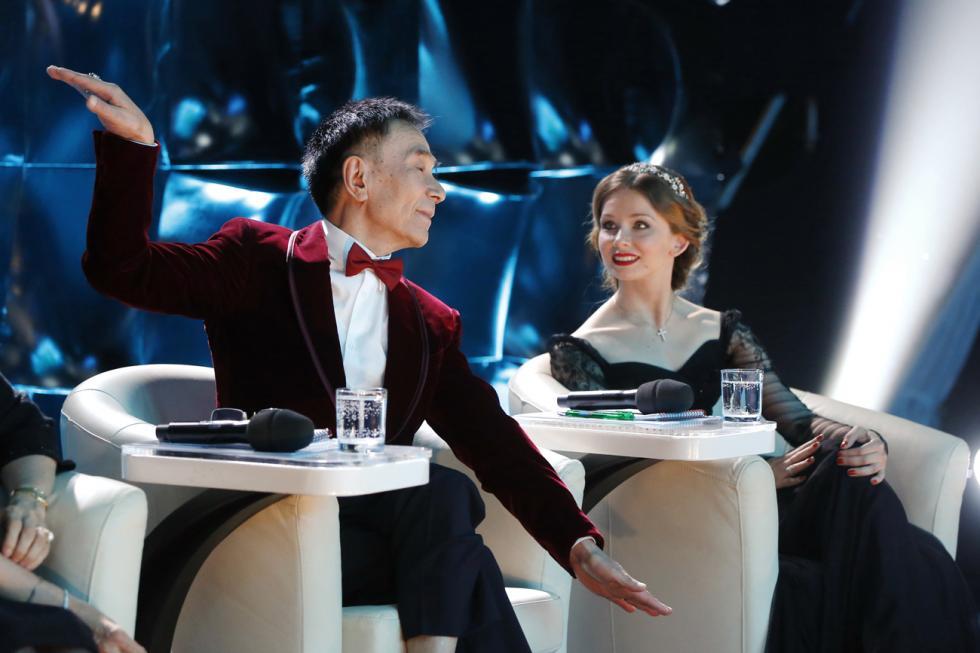 肖苏华共50多次担任世界各地芭蕾舞大赛的评委会成员。