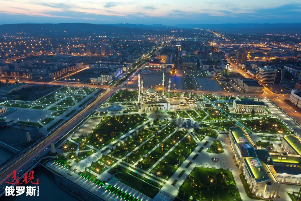 车臣首府格罗兹尼市。图片来源:Sergey Uzakov / 塔斯社