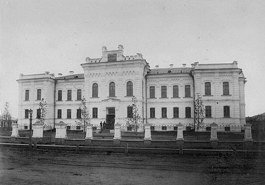 1941-1945年列宁同志遗体被放置的楼,秋明市。图片来源:N.Terekhov/Wikipedia