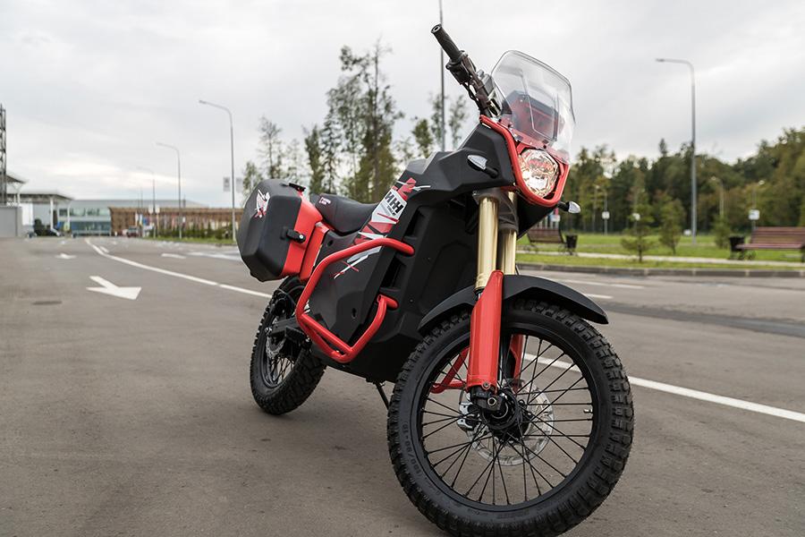 民用电动摩托车Urban Moto(UM-1)。图片来源:kalashnikov.media