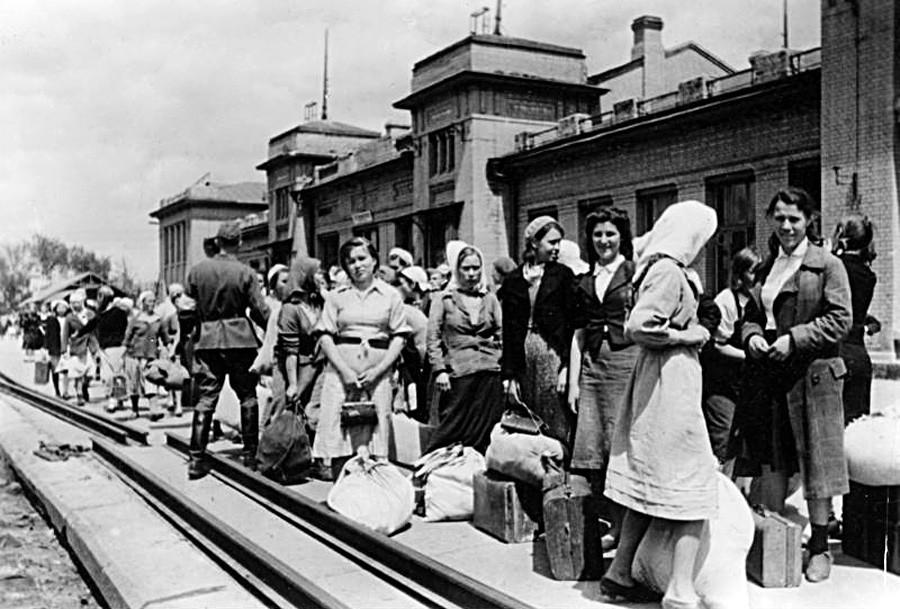 图片来源:德国联邦档案馆