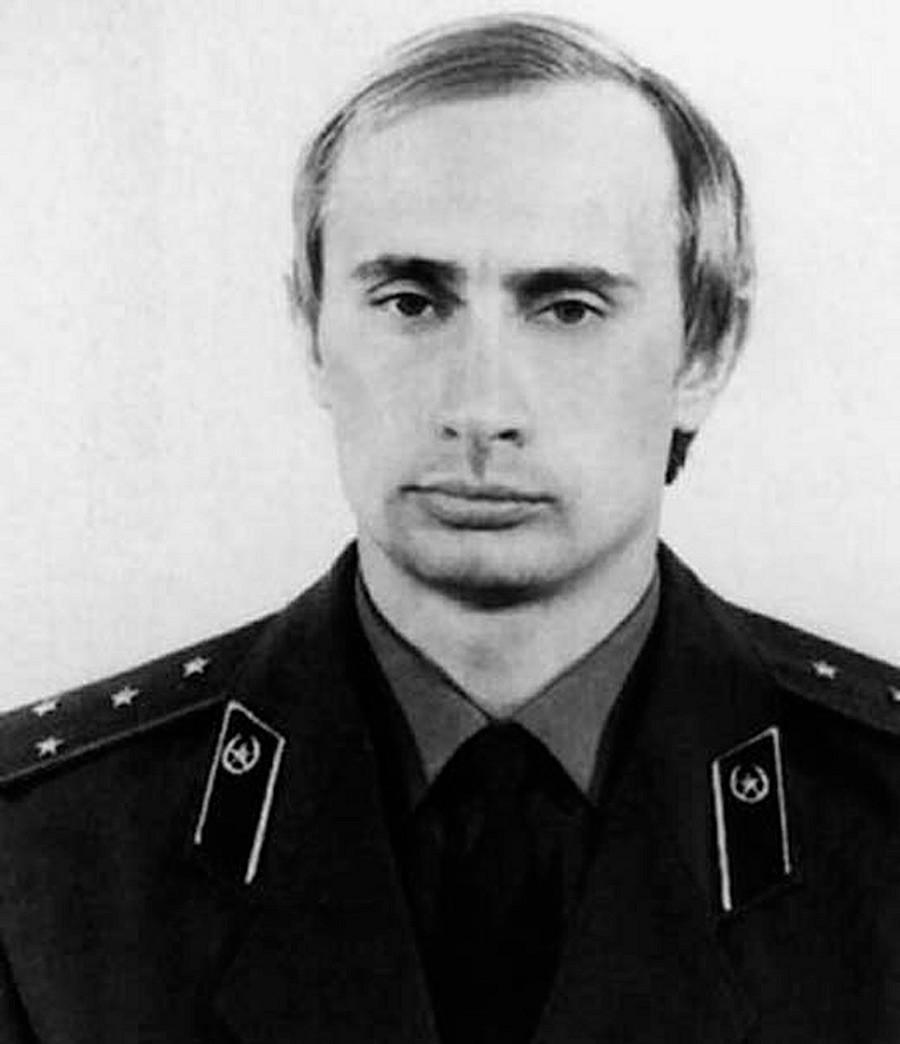 年轻普京。图片来源:档案图片。