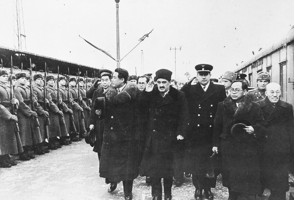 金日成于莫斯科 。图片来源: 档案资料