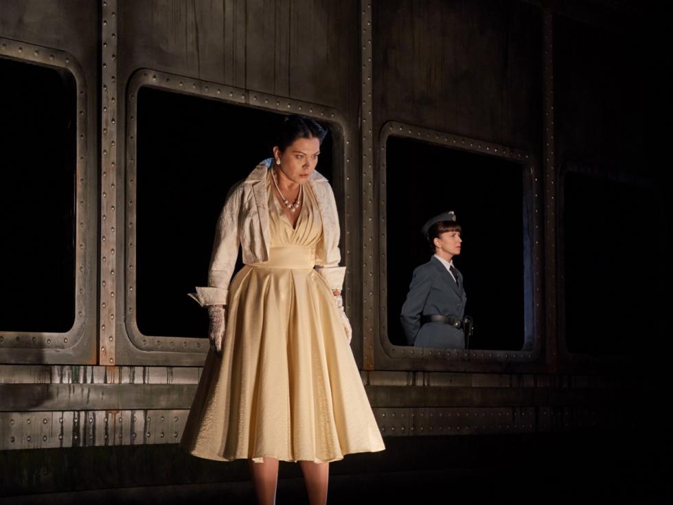 《女乘客》歌剧。