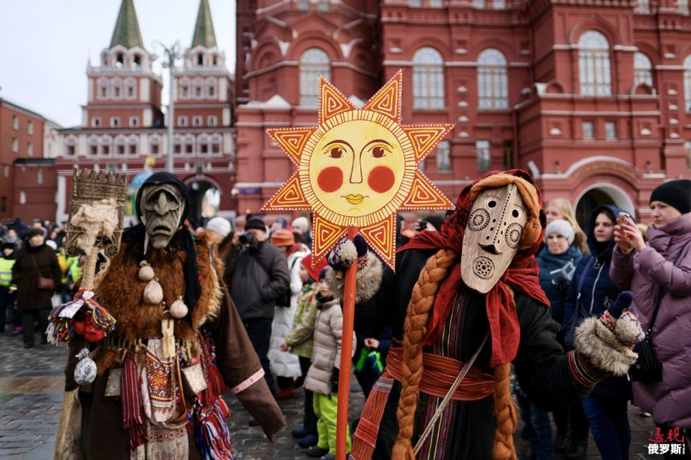 莫斯科红场的谢肉节庆祝活动。图片来源: Maksim Blinov/俄新社