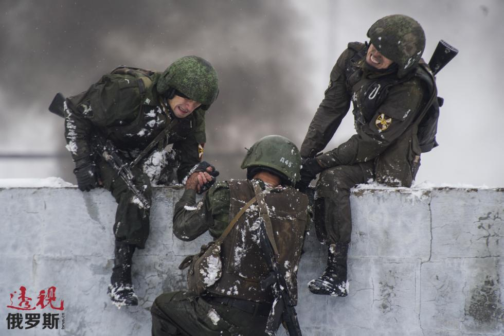 图片来源:Kirill Kukhmar / 塔斯社