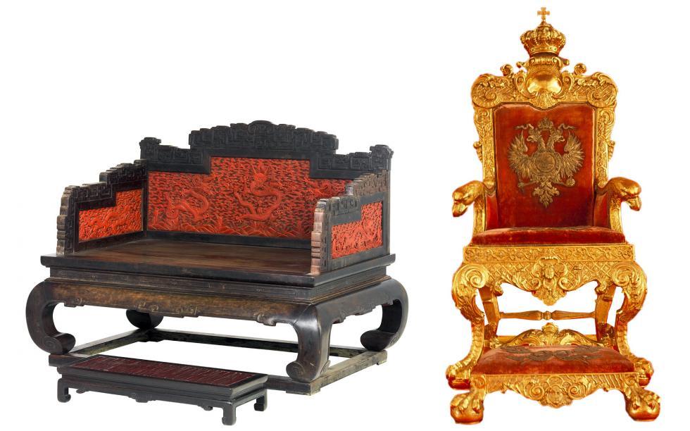 左侧: 清代宝座(1644-1912)。右侧:保罗一世宝座。